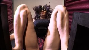 Mistress Diana In Smoking, Shitting And Pissing Video For You – Full HD