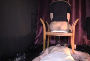 Mistress Diana And Her Shit Loving Scat Slave – Full HD