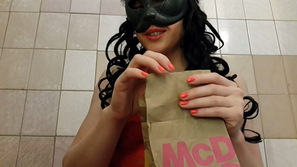 Anna Coprofield – I will make your fast-food tastes better for you - 1