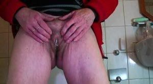 For www.scatlesbians.com exclusive video – Mature Menstruation