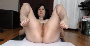 DirtyMaryan – Pooping For Foot Fetish Scat Slave 1080p