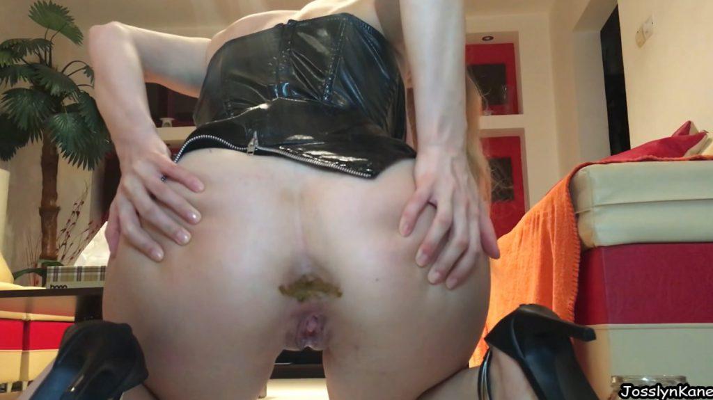 Josslyn Kane - Pooping In The Jar For Slave - 4