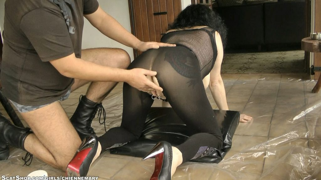 Anal Piss Scat Blowjob - Chienne Mary (2017) - 2