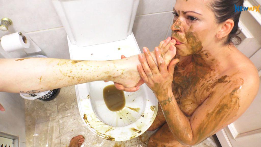 Lesbian love feet scat fetish. Lick and suck shit on legs - 7