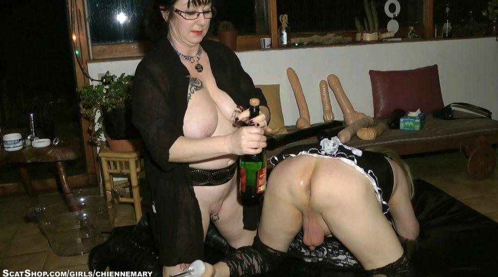 Chienne Mary - Dirty Games With Tranny Babeth - HD 720p 4