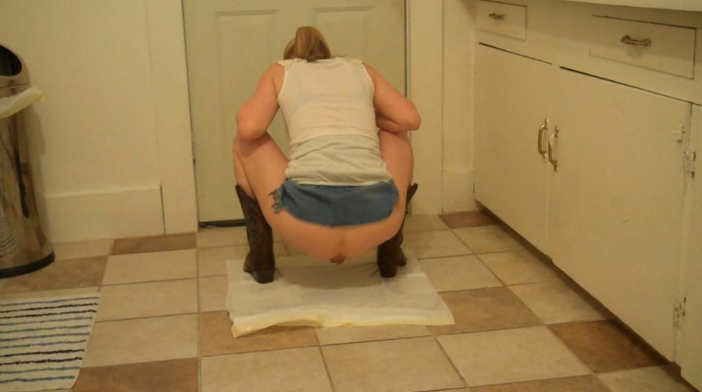 Cosmic Girl Summer - Poo and Pee in My Cowboy Boots! (Full HD) Image 3