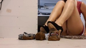 The Fart Babes – Dirty shoes humilation (Full HD 1080p)