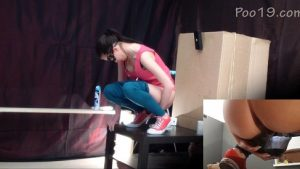 Toilet slave eating 2 shit sitting in a box [Milana Smelly Girls]